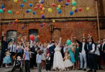 Modna sukienka wizytowa na wesele